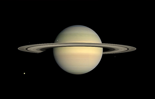 in-saturns-rings-trailer-imax-news-0507