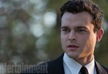 alden-ehrenreich-rules-dont-apply-2016