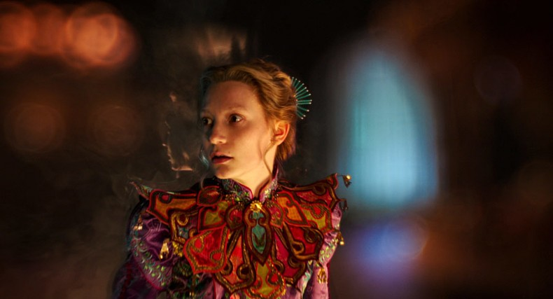 alice-through-the-looking-glass-review-img05-20160527