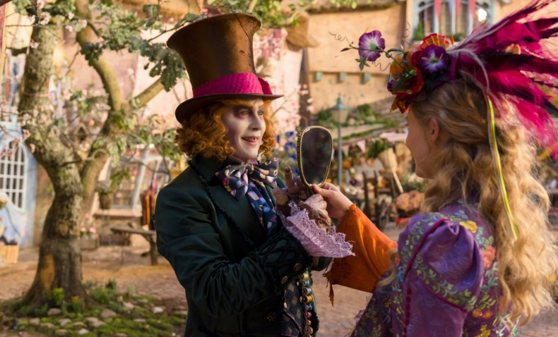 alice-through-the-looking-glass-review-img06-20160527