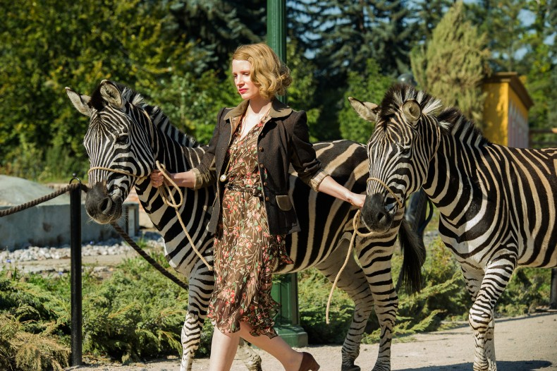 jessica-chastain-zebras-the-zookeepers-wife