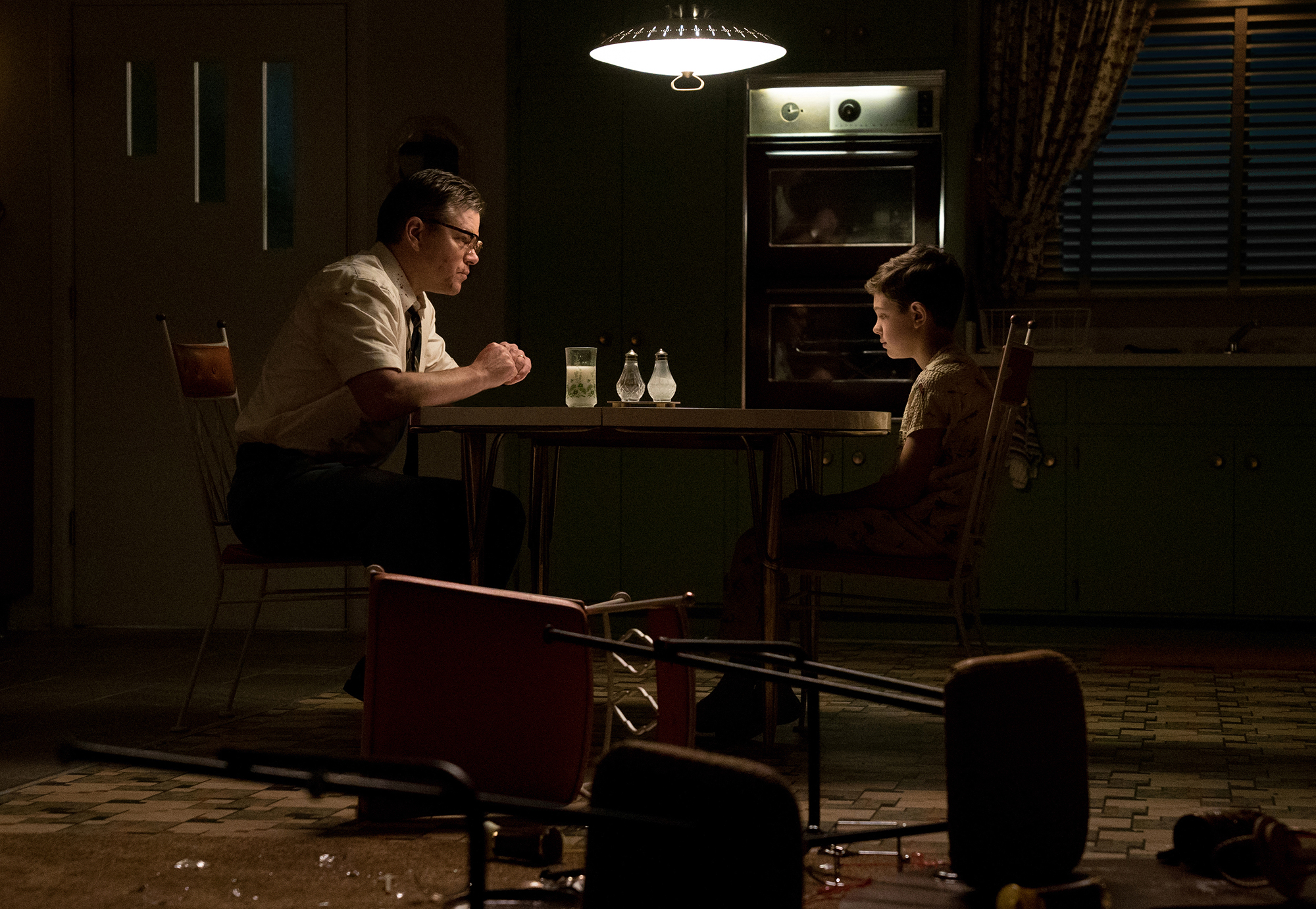 Left-to-right-Matt-Damon-as-Gardner-and-Noah-Jupe-as-Nicky-in-SUBURBICON-from-Paramount-Pictures-and-Black-Bear-Pictures.