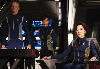 star-trek-discovery-doug-jones-sonequa-martin-green-michelle-yeoh