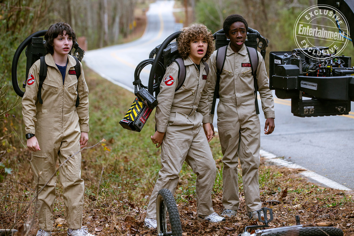 stranger-things-season-2-mike-dustin-caleb