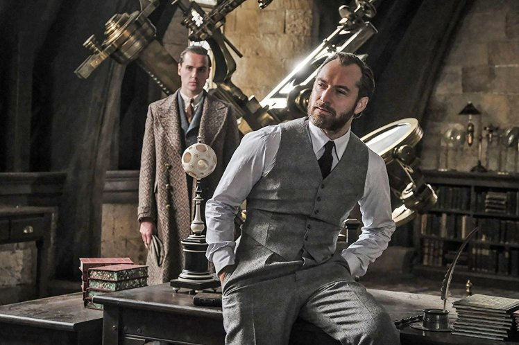 New look at Jude Law as Dumbledore in Fantastic Beasts 2 Credit: Warner Bros