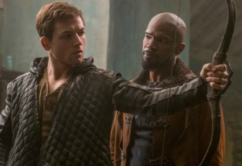 Taron-Egerton-and-Jamie-Foxx-Robin-Hood-movie