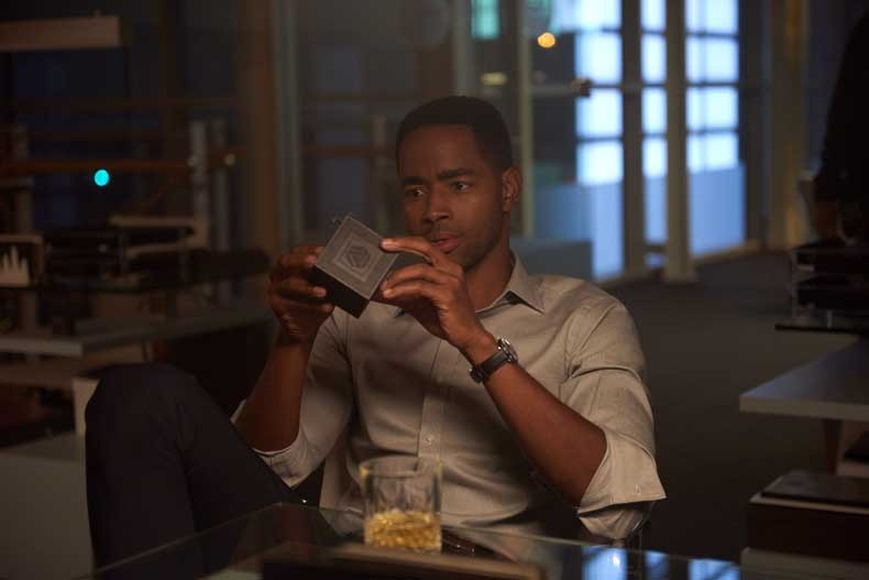 Jay Ellis stars in ESCAPE ROOM.