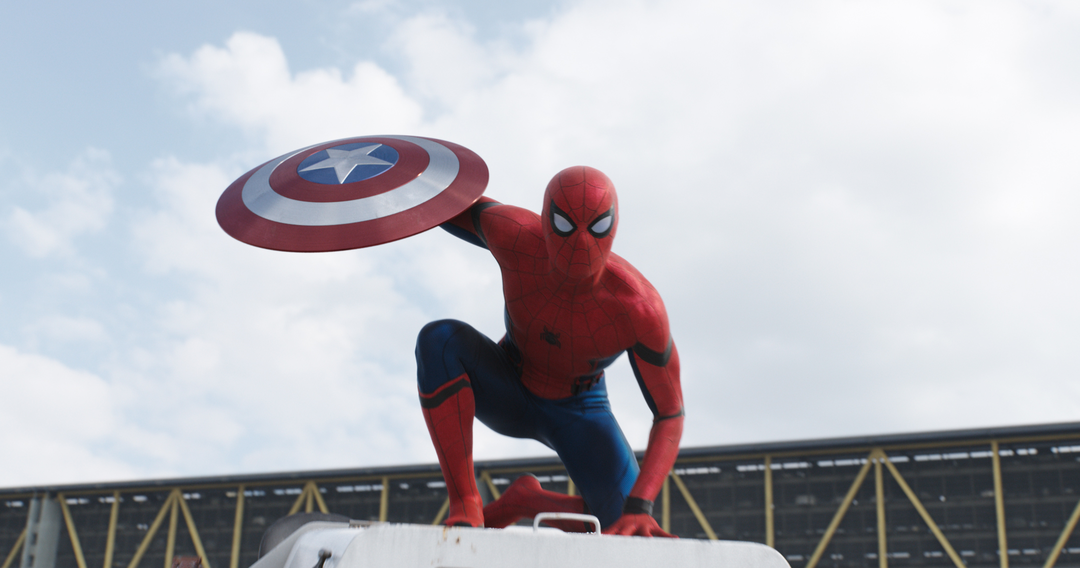 captain-america-civil-war-new-spider-man