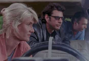 laura-dern-jeff-goldblum-sam-neill-20190926
