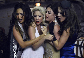 pretty-little-liars-20200908
