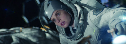 midnight-sky-netflix-felicity-jones-1-20201028